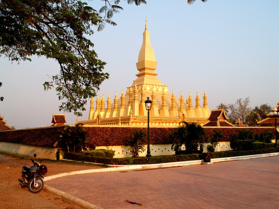 viaggi laos gay