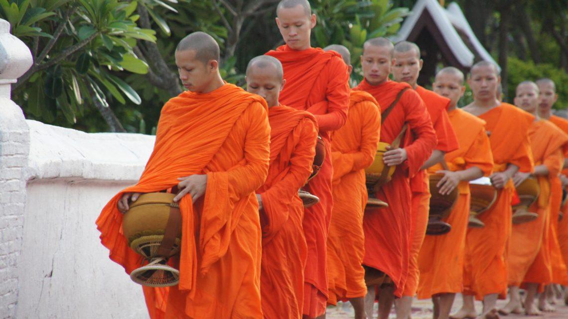 tour Laos