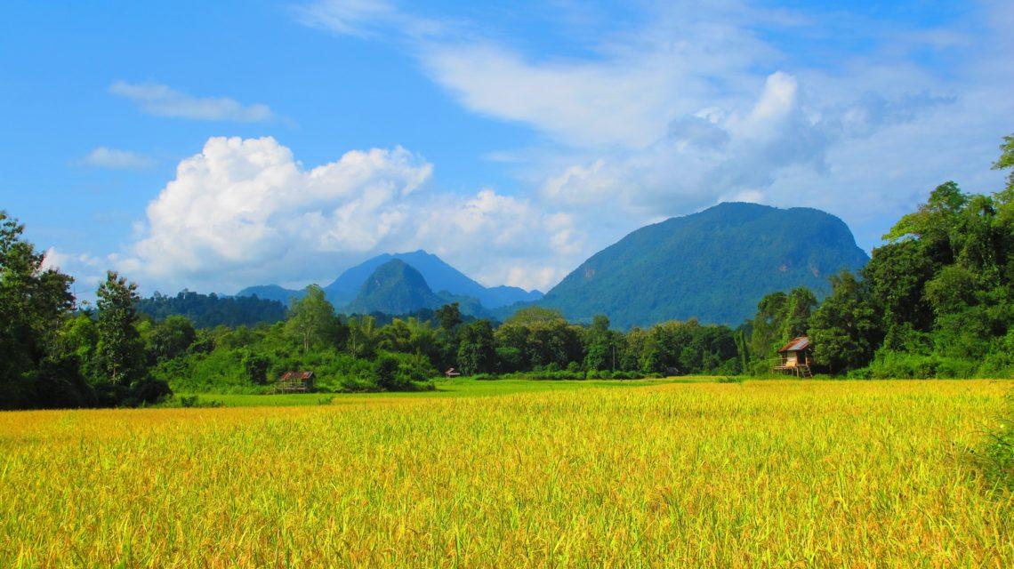 tour del Laos