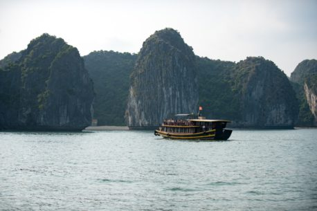 tour Vietnam